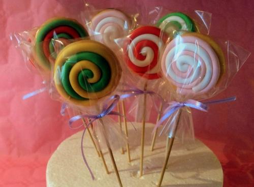 biscotti decorati leccalecca.jpg